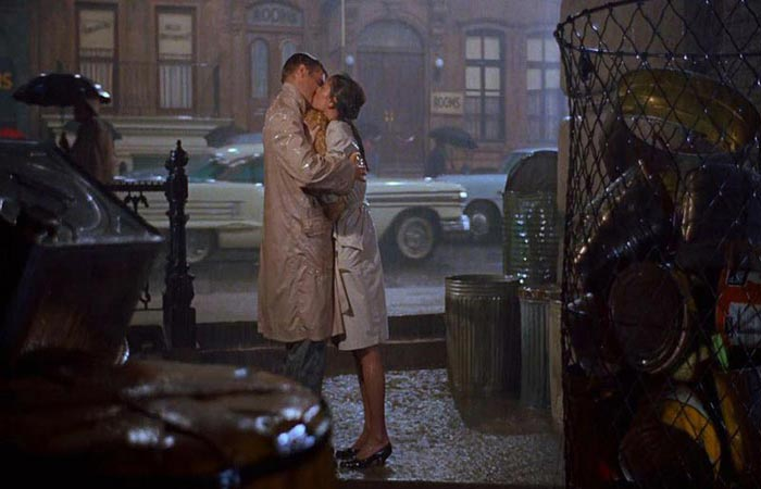 Top 50 Classic Romances in Film that will make you Swoon!