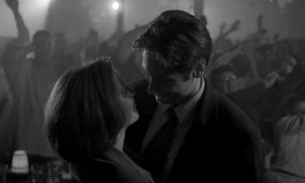 Romantic Moment of the Week: Scully and Mulder Share a Dance