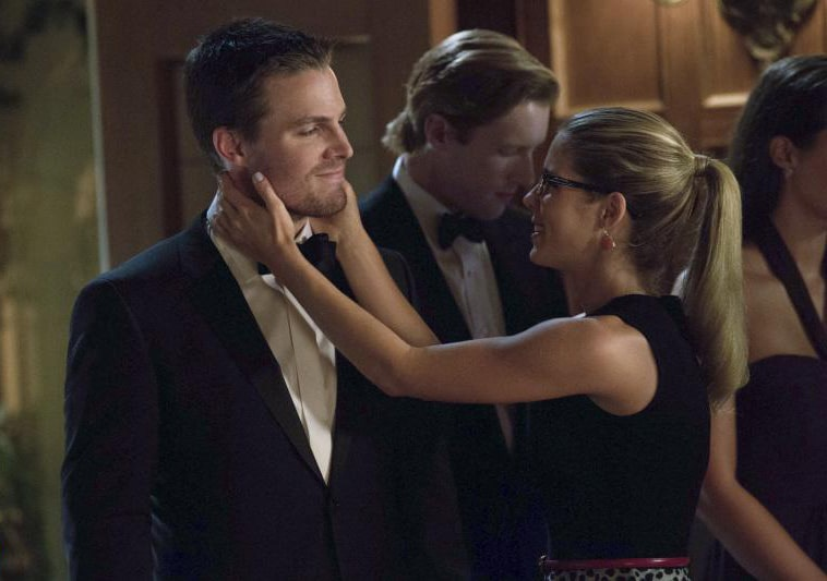 Oliver and Felicity in Arrow. Photo: CW