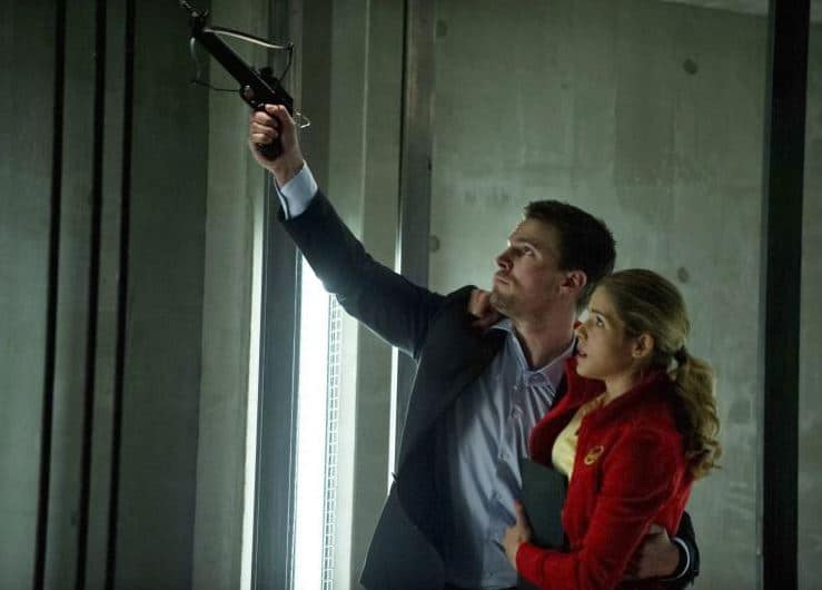 "Felicity and Oliver in ""Darkness on the Edge of Town."" Photo: CW"