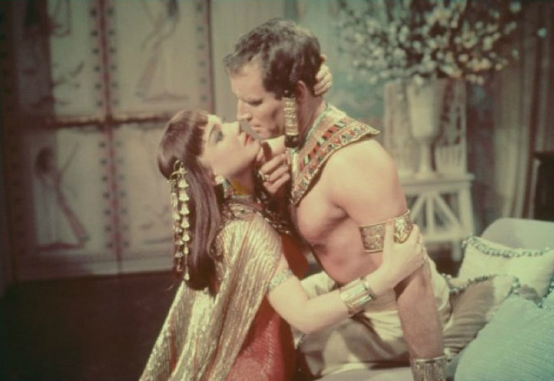 Moses (Charlton Heston) and Nefretiri (Anne Baxter) in The Ten Commandments. Photo: Paramount