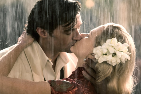 Australia - April Showers: 30 of the Most Romantic Moments in the Rain