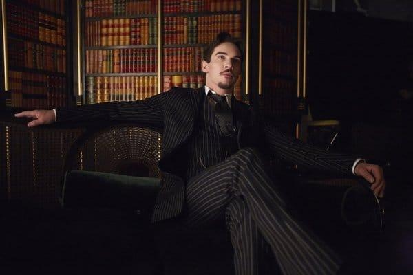 Jonathan Rhys Meyers as Dracula/Alexander Grayson.