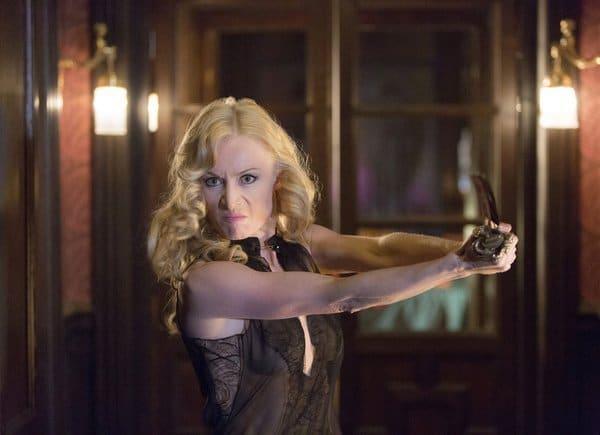 Victoria Smurfit kicking butt in Dracula!