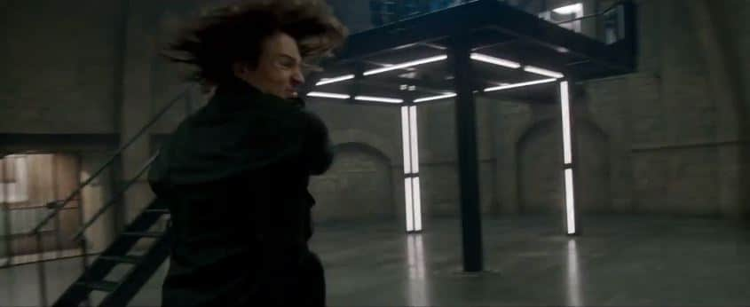 Dimitri's end fight to save Rose