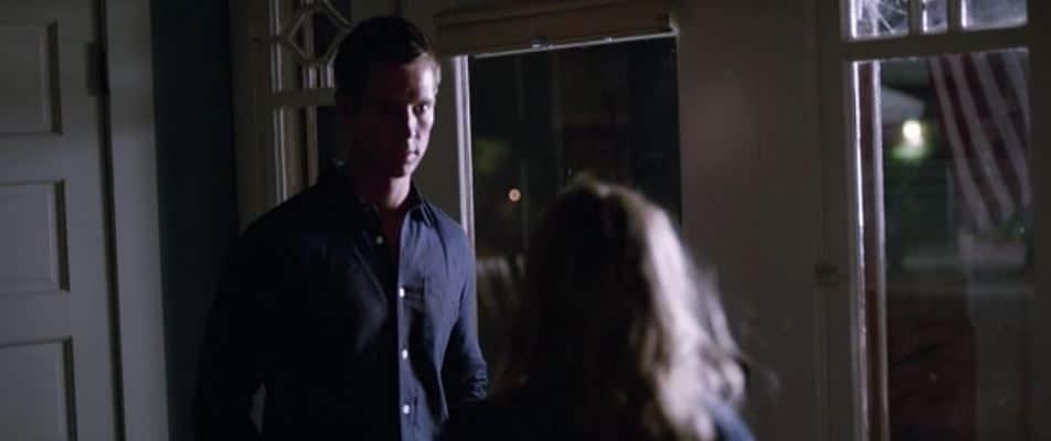 Logan goes to Veronica 2