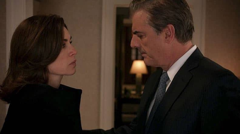 Peter (Chris Noth) comforts Alicia.
