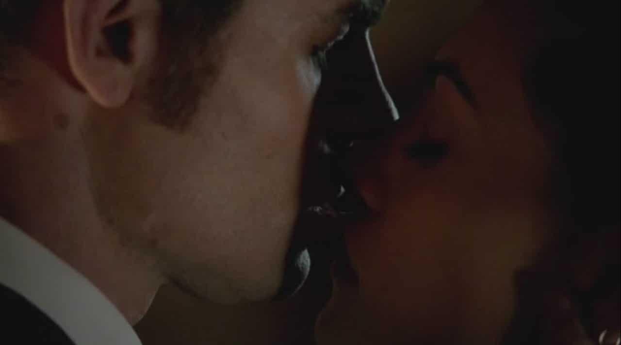 kiss scene 18
