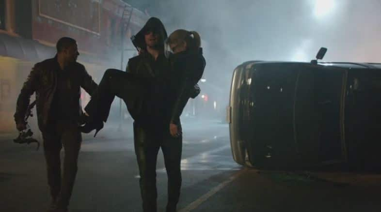 Oliver carries Felicity