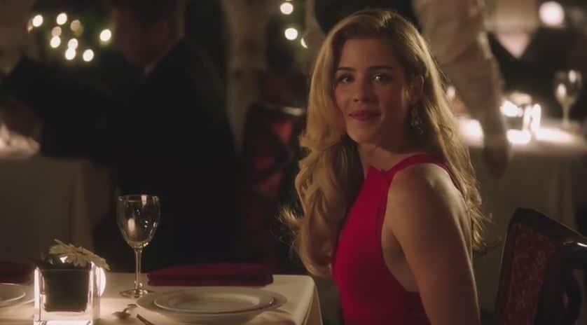 Felicity sees Oliver date