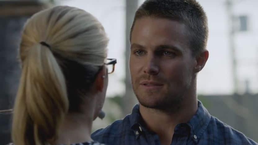 asks felicity out on date