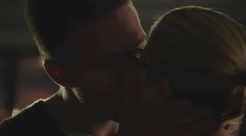 olicity kiss 1