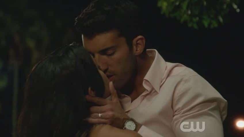 Rafael and Jane Kiss 5