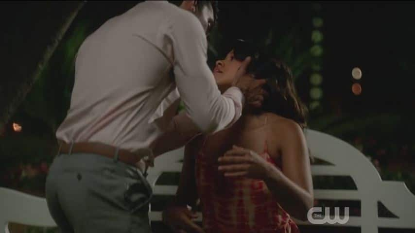 Rafael and Jane kiss 2