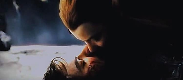 Tauriel-and-Kili-kiss-2