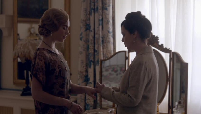 Downton Abbey E8 Screencap (Rose and Susan)