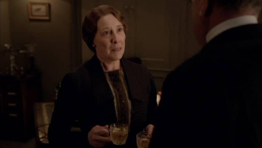 Downton Abbey E9 Screencap (Mrs