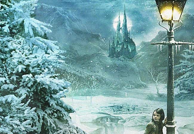 Narnia Behind The Wardrobe Door The Silver Petticoat Review