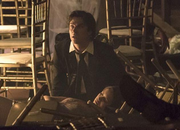 Damon-and-Elena-destruction
