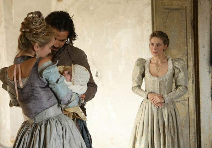 Musketeers S2 (Aramis and Anne w Baby)