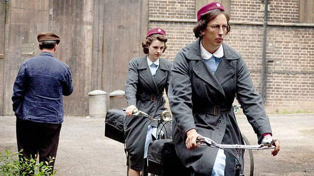 Call the Midwife8