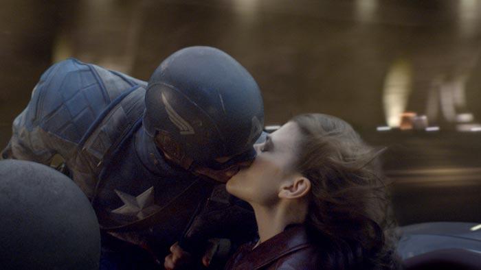 captain-america-kiss