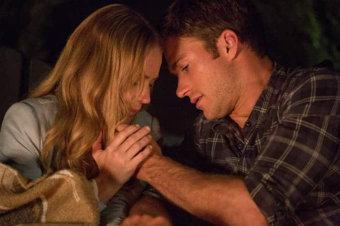 Sophia and Luke in The Longest Ride.