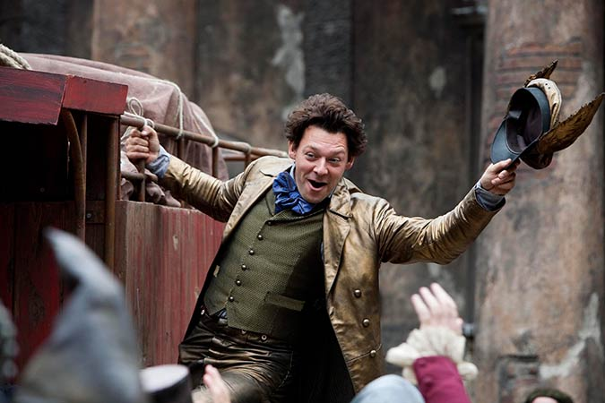 Richard Coyle in Going Postal