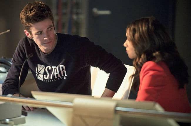 The Flash E7 Barry and Iris Talk - Gorilla Warfare