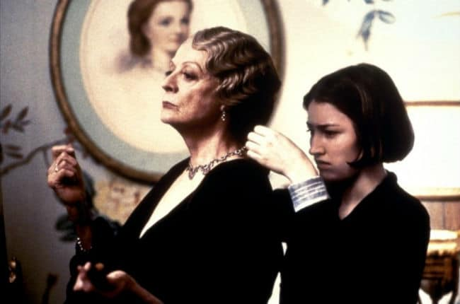 Gosford Park Maggie Smith and Kelly Macdonald