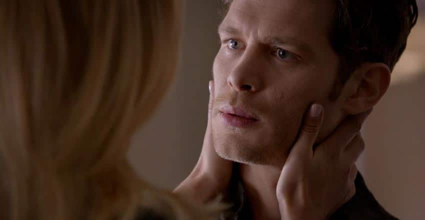 klaus-and-cami-build-up-3 - Romantic Moment of the Week - Klaus and Cami's First Kiss and Tragic Ending