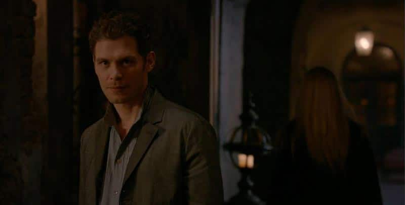 klaus-and-cami-stare-1 - Romantic Moment of the Week - Klaus and Cami's First Kiss and Tragic Ending
