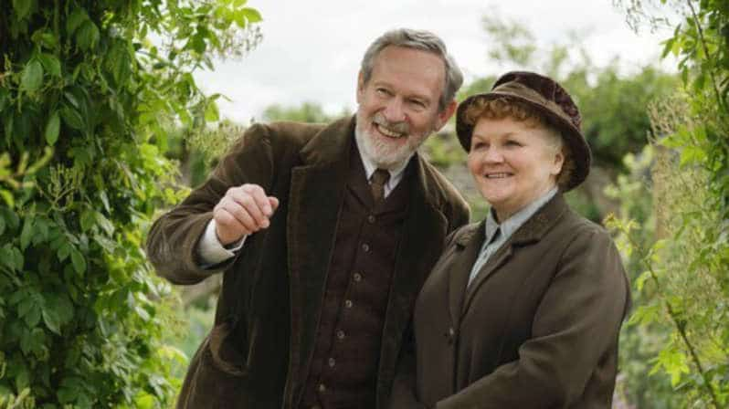 Downton Abbey S6 E5 (Mr. Mason and Mrs. Patmore)