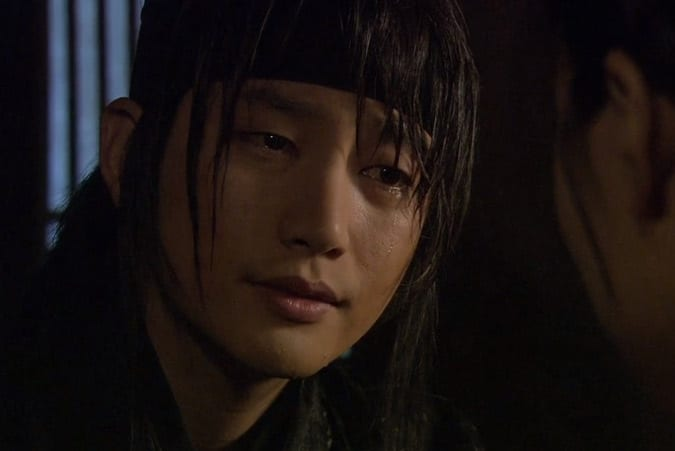 12 Awesome Brooding Heroes of Asian Dramas!