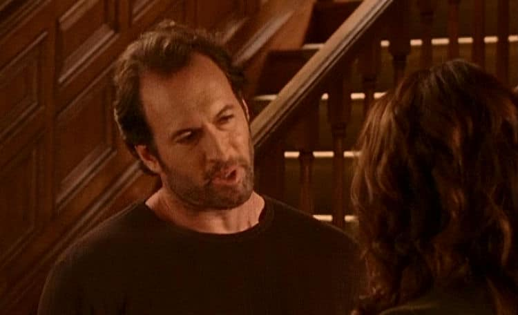 Gilmore Girls Screencap3 Luke and Lorelai