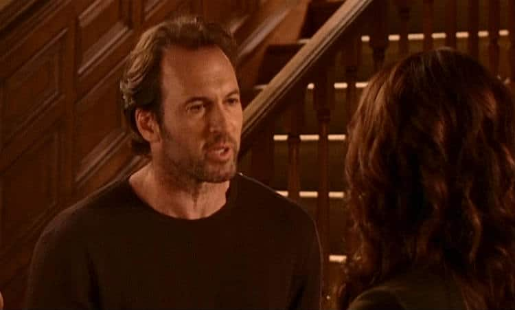 Gilmore Girls Screencap9 -Luke and Lorelai