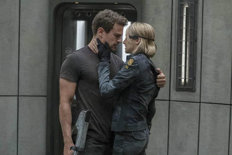 Divergent Series Allegiant (Four and Tris)
