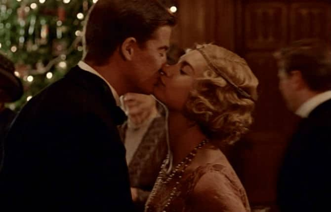 Downton Abbey Finale Screencap26 (Rose and Atticus Kiss)