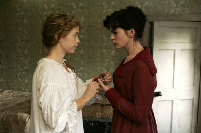 Jane and Cassandra in Becoming Jane