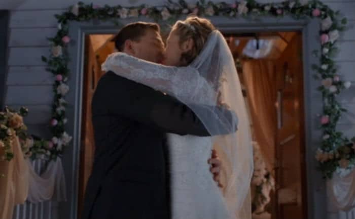 When Calls the Heart Proposal Season Three (Kiss); Heartbreak