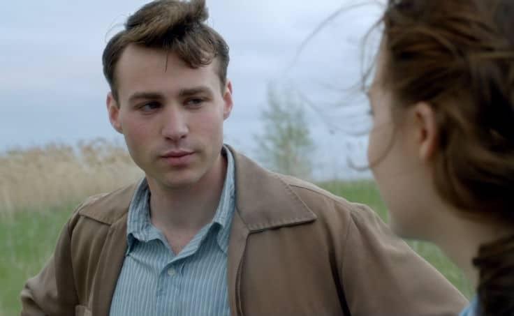 Brooklyn (Tony's Proposal) Screencap3 Eilis and Tony