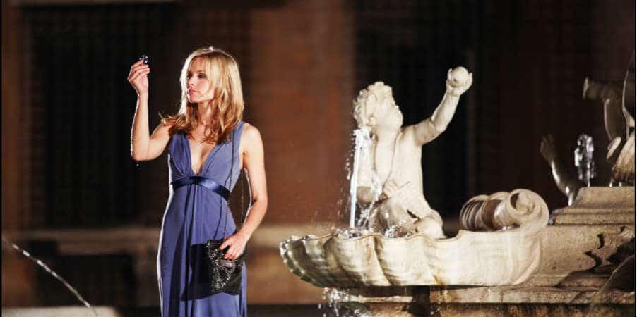 When in Rome Kristen Bell in Fountain