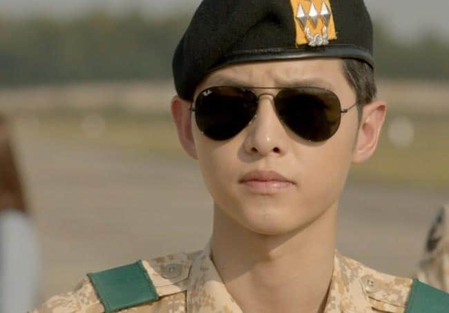 Captain Yoo looking too cool for school; Descendants of the Sun