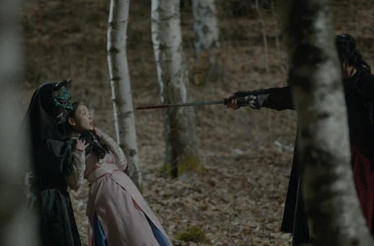 Captured-Hae-Soo-scarlet-he