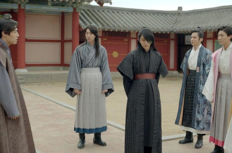 The princes discussing how to save Hae-Soo Scarlet Heart Ryeo Episode 6 & 7 Recap