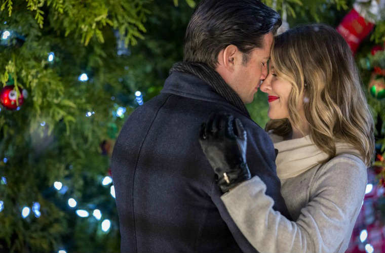 Previewing Hallmark Channel's Countdown to Christmas 2016, Part 1