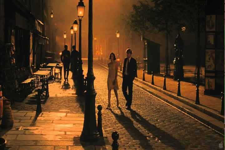 Gil and Adriana enjoy each other's company in Midnight in Paris