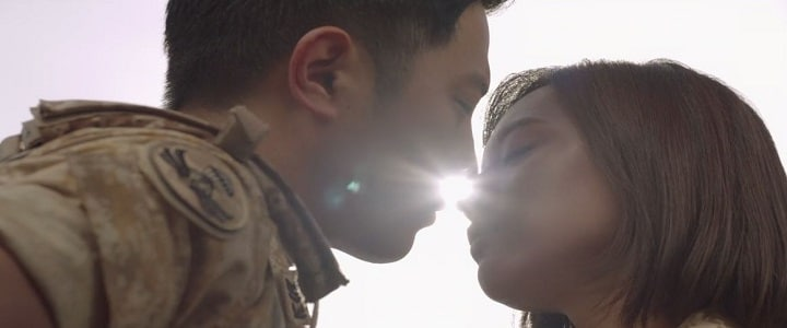 Descendants of the Sun, Myung-Joo, Dae-Young, kiss
