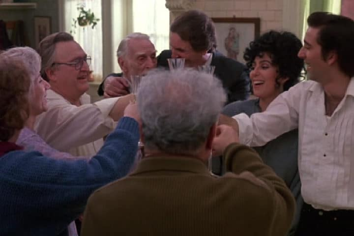 "Moonstruck (1987) – A Heartwarming Family Film About Loving The ""Wrong"" People And Being All The Happier For It"