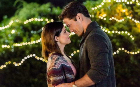"""Hallmark Channel's Fall Harvest   Jen Lilley and Ryan Paevey fall in love in """"Harvest Love."""""""